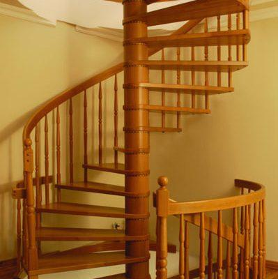 Ahşap Merdiven Korkuluk